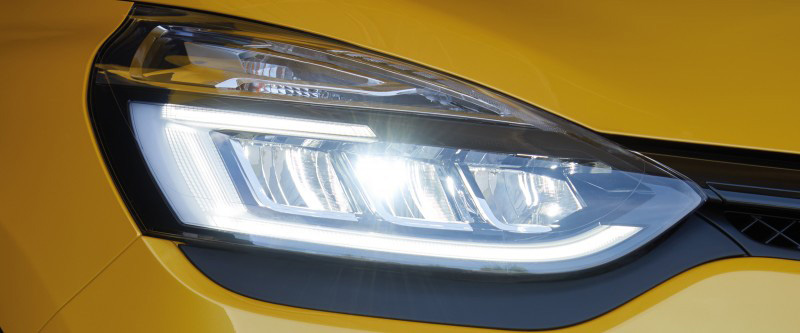 Clio R.S. R.S. Vision LED lighting signature