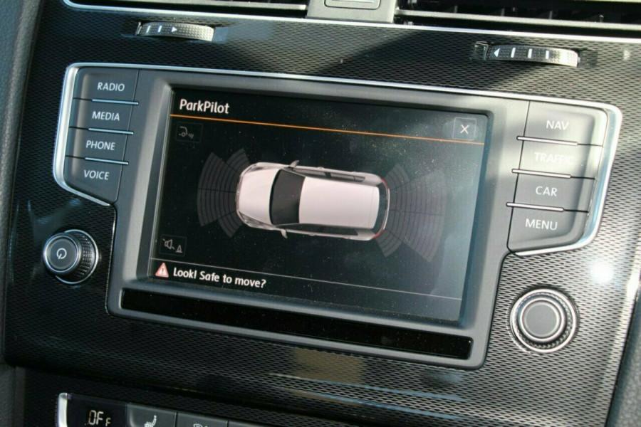 2016 MY Volkswagen Golf VII GTI Hatchback