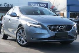 Volvo V40 D4 INSCRIPTION (No Series) MY17