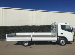 2017 Fuso Canter 515 Tray back