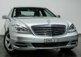 Mercedes-Benz S350 BlueTEC 7G-Tronic + W221 MY11