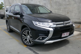 Mitsubishi Outlander Exceed AWD ZK