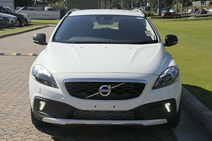 2016 Volvo V40 Cross Country M Series D4 Luxury Hatchback