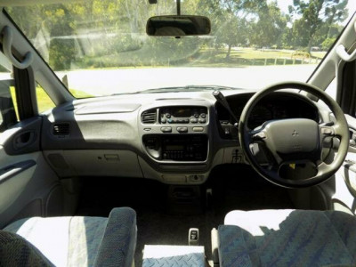 1996 Mitsubishi Delica PD8W Chamonix Van wagon