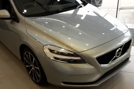 2017 Volvo V40 M Series T3 Momentum Sedan