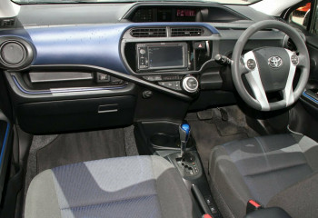 2016 Toyota Prius c NHP10R E-CVT Hatchback