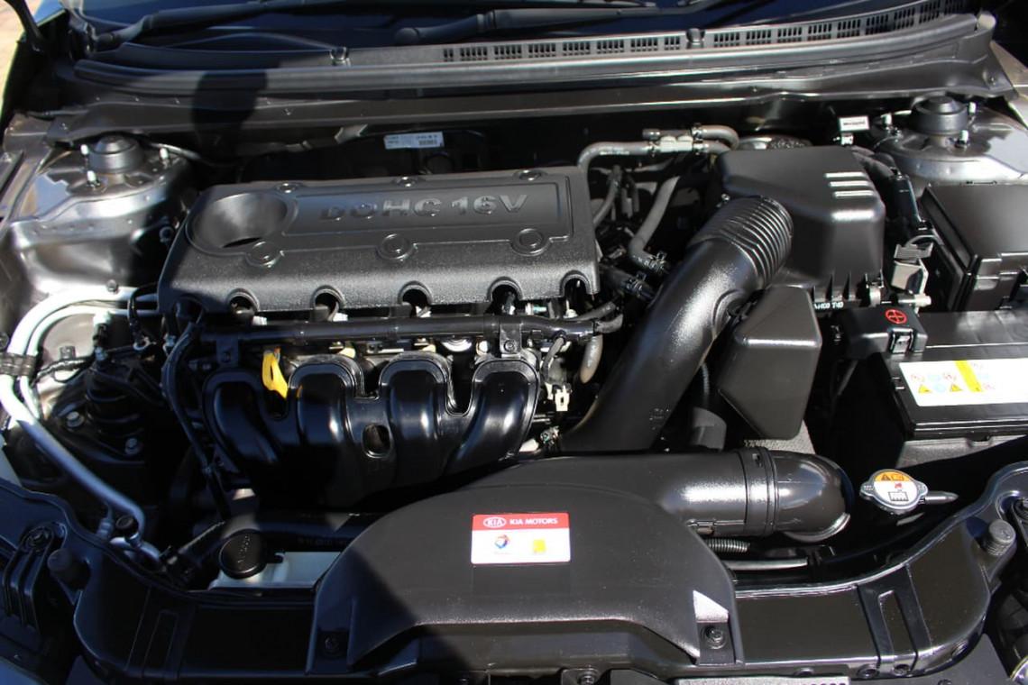 2013 Kia Cerato TD MY13 S Hatchback