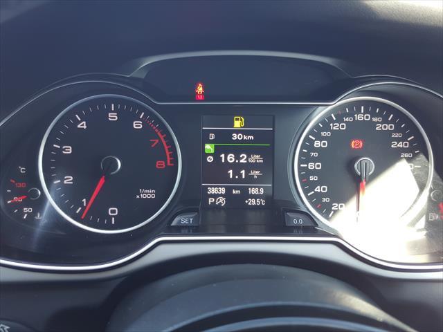 2014 MY15 Audi A4 B8 8K  Ambition Sedan