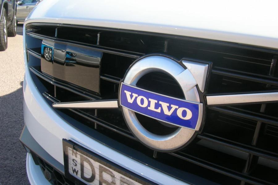 2016 MY18 Volvo S60 F Series  T5 T5 - R-Design Sedan