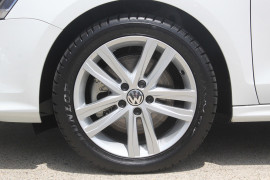 2016 MY17 Volkswagen Jetta 1B 118TSI Highline Sedan