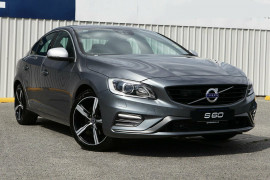 Volvo S60 T5 R-Design M Series