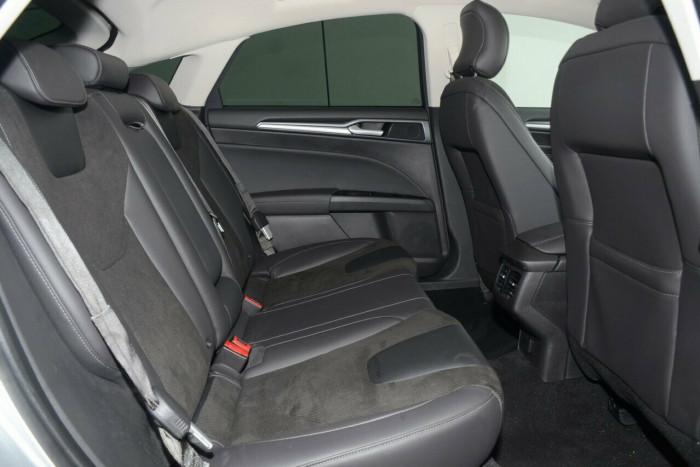 2016 Ford Mondeo MD Trend Hatch Hatchback