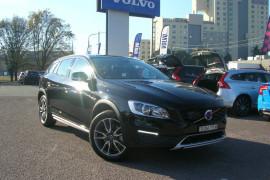 Volvo V60 Cross Country T5 - Luxury F Series  T5