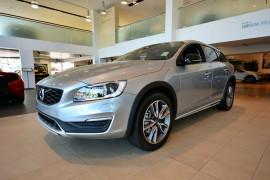 2016 MY17 Volvo V60 Cross Country D4 Luxury Wagon