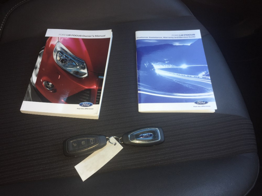 2011 Ford Focus LW Titanium Hatchback