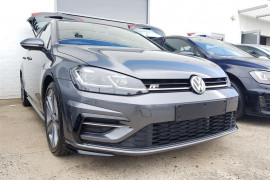 Volkswagen Golf 110TDI Highline 7.5