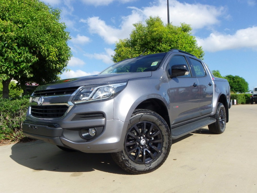 ram trucks brisbane with Manual Transmission Trucks 2016 on 665 Trail Grappler M T further 134388 together with Bmwpare likewise Baby Jeep Under Consideration To Extend Urban Appeal 117057 besides 306095.