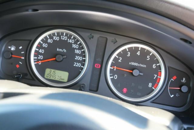 2005 MY04 Nissan Pulsar N16 S2 MY2004 ST Hatchback
