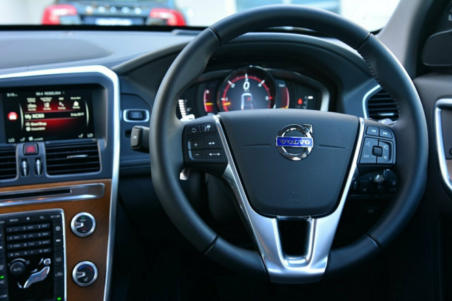 2015 MY16 Volvo XC60 DZ D5 Luxury Wagon