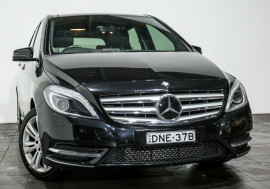 Mercedes-Benz B200 BlueEFFICIENCY DCT W246