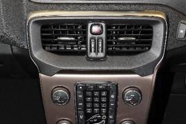 2017 MY18 Volvo V40 Cross Country M Series T5 Pro Sedan