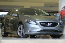Volvo V40 T4 Adap Geartronic Luxury M Series MY16