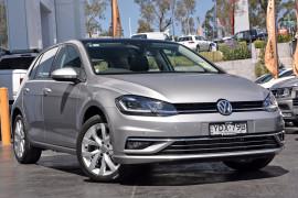 Volkswagen Golf 110TSI Highline 7