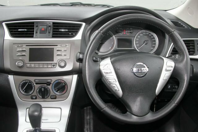 2013 Nissan Pulsar C12 ST-S Hatchback