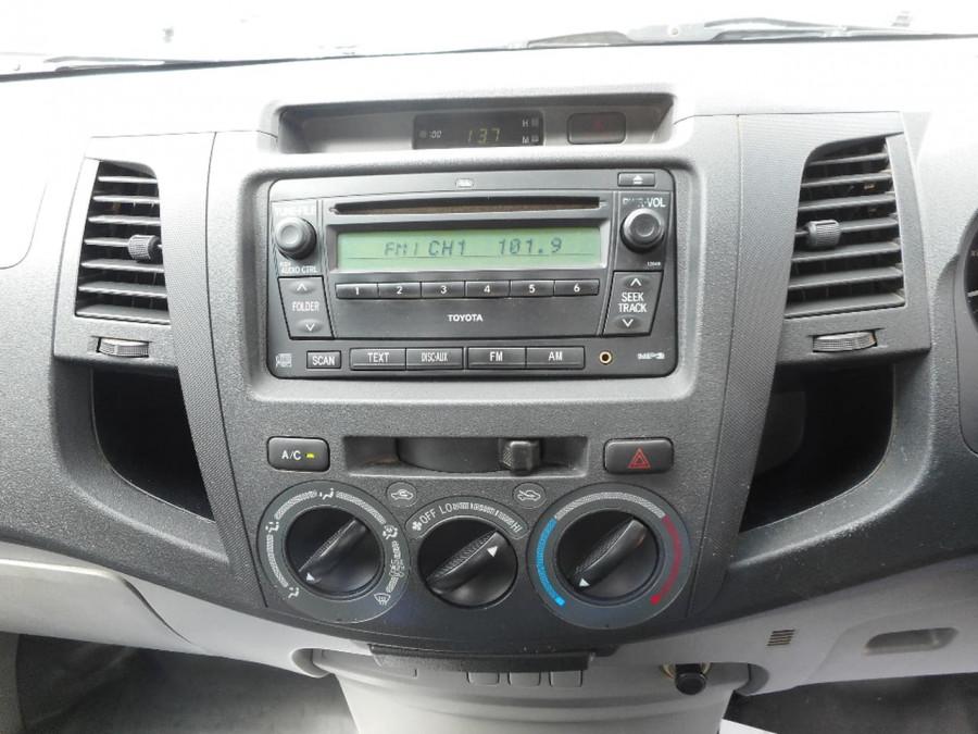 2007 Toyota HiLux KUN26R MY07 SR Cab chassis