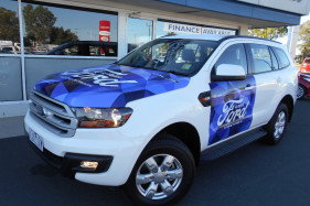 Ford Everest AMBIENTE UA