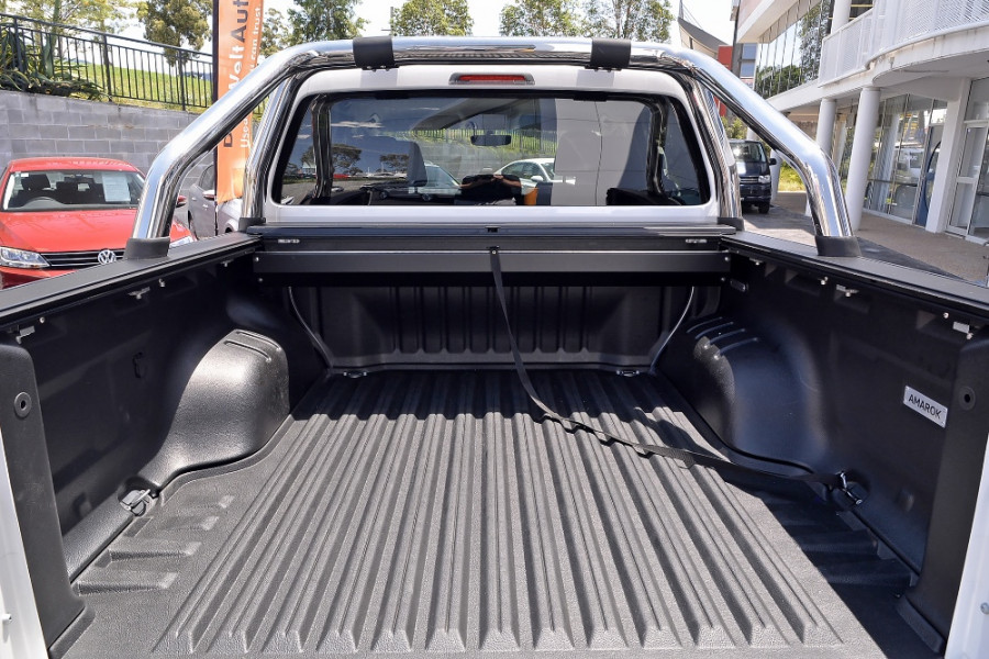 2017 MYV6 Volkswagen Amarok 2H Highline Utility