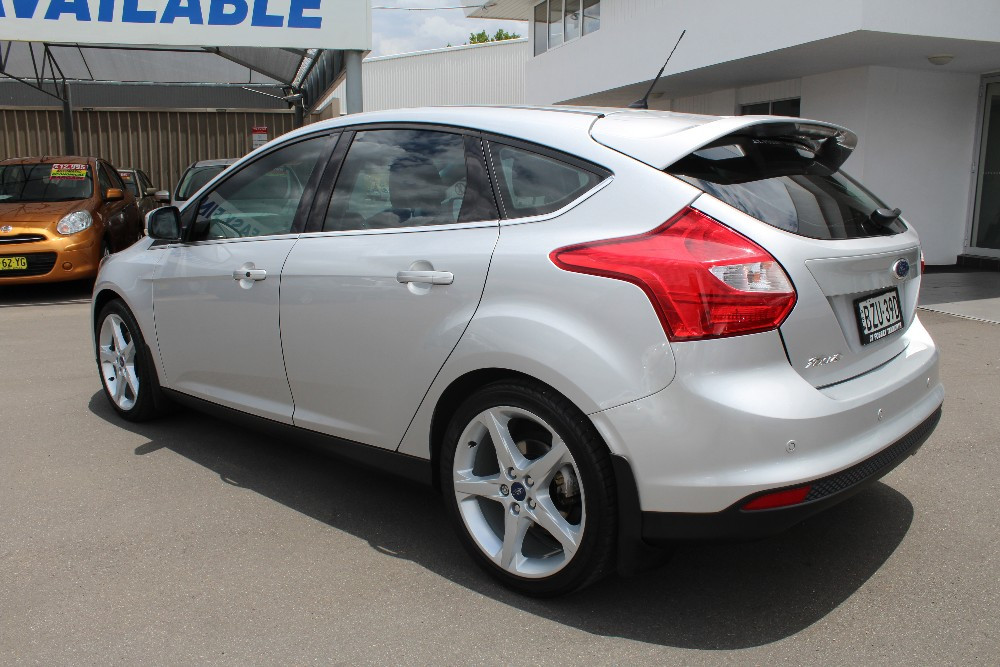 used 2011 ford focus lw titanium hatch for sale in tamworth jt fossey ford. Black Bedroom Furniture Sets. Home Design Ideas