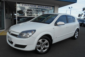 Holden Astra CDX AH MY05