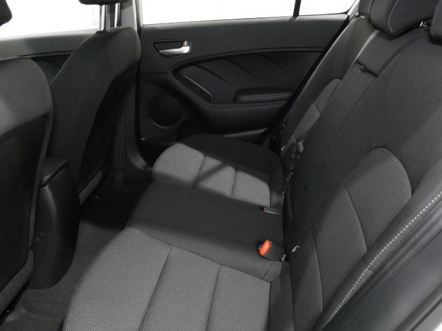 2017 MY18 Kia Cerato Hatch YD S with AV Hatchback