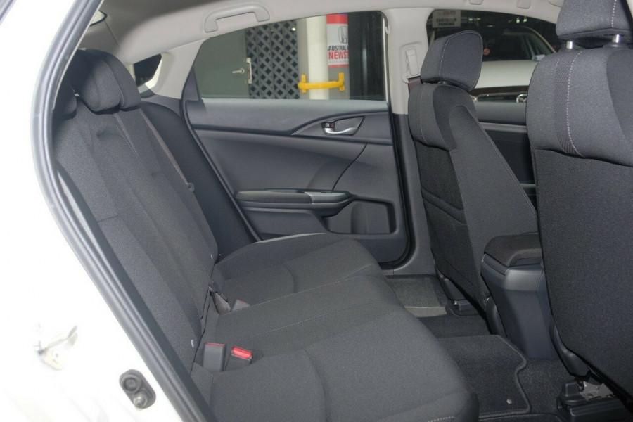 2017 Honda Civic Sedan 10th Gen VTi-S Sedan