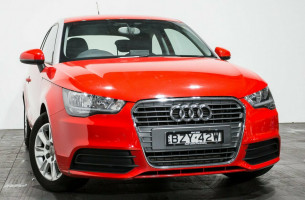 Audi A1 Attraction 8X MY11