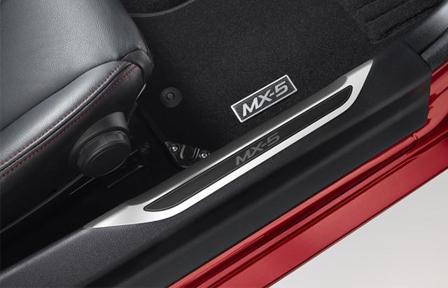 mazda mx 5 accessories brisbane toowong mazda. Black Bedroom Furniture Sets. Home Design Ideas