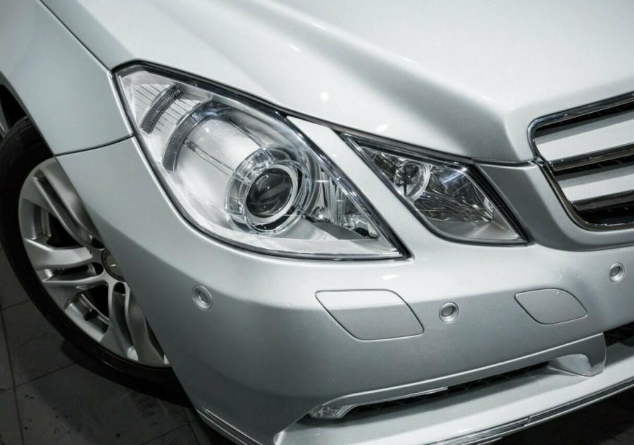2010 Mercedes-Benz E250 CGI A207 Elegance Cabriolet
