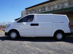 2018 Hyundai iLoad TQ3-V Series II Van Van