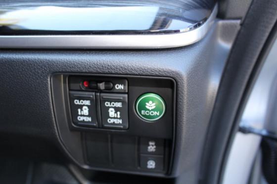 2016 Honda Odyssey 5th Gen VTi-L Wagon