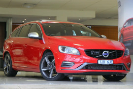 Volvo V60 T5 Geartronic R-Design F Series MY16