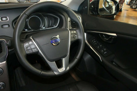 2015 MY17 Volvo V40 Cross Country M Series D4 Inscription Hatchback