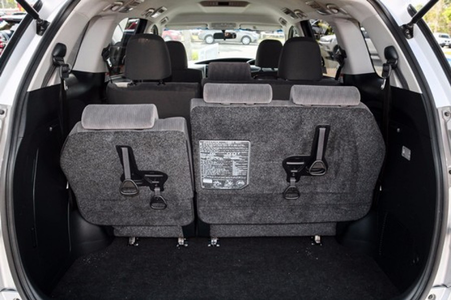 2016 MY13 Toyota Tarago ACR50R  GLX Wagon