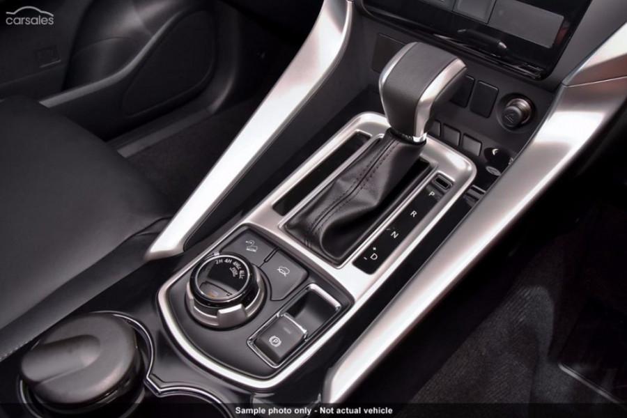 2015 MY16 Mitsubishi Pajero Sport QE GLS Wagon