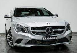 Mercedes-Benz CLA200 Shooting Brake DCT X117 806MY