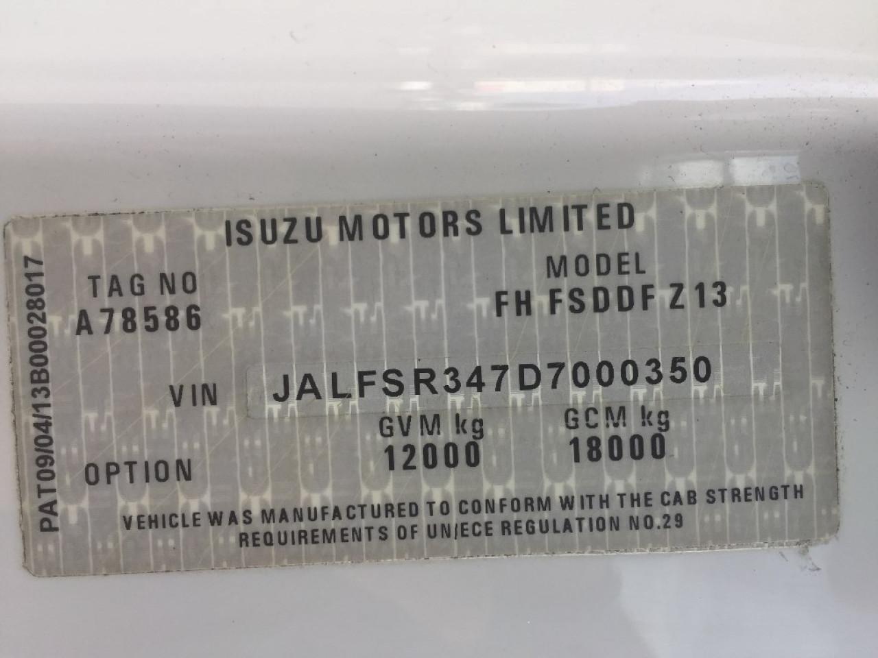 2014 ISUZU FSD 700 PREMIUM Van