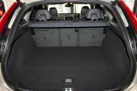 2016 MY17 Volvo XC60 DZ T5 Luxury Wagon