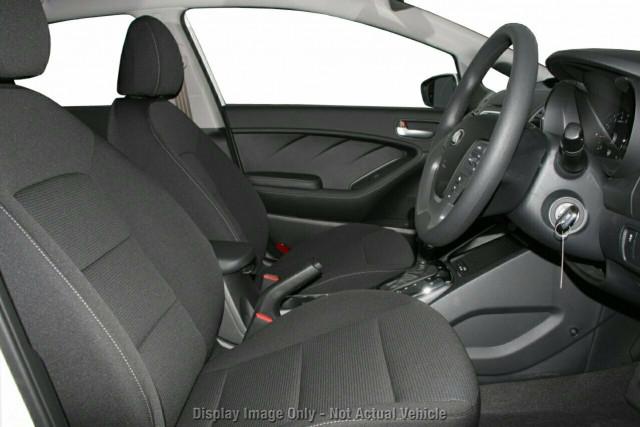 2017 MY18 Kia Cerato YD MY18 S Hatchback