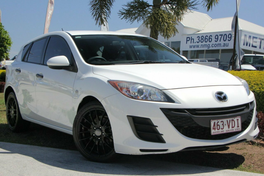 2011 my10 mazda 3 bl10f2 neo hatchback for sale in kedron metro renault. Black Bedroom Furniture Sets. Home Design Ideas
