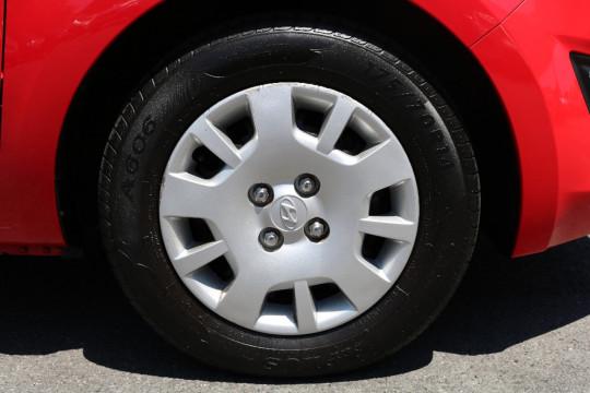 2012 Hyundai I20 PB MY12 ACTIVE Hatchback